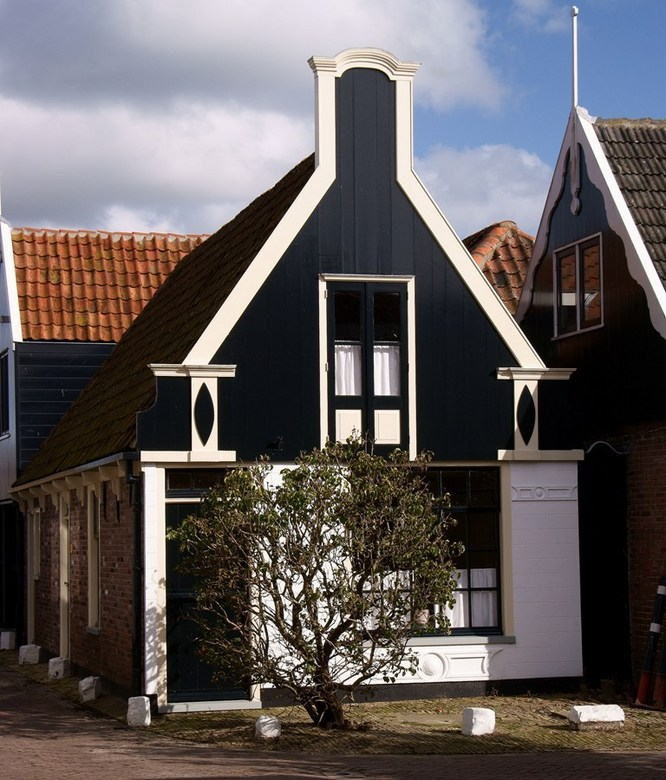 Oude kern Oosterend,Texel - Oude kern van Oosterend, Texel.<br /> Leuk om zo door die ouwe kern te lopen.<br /> Ik zal een paar van die huisjes late