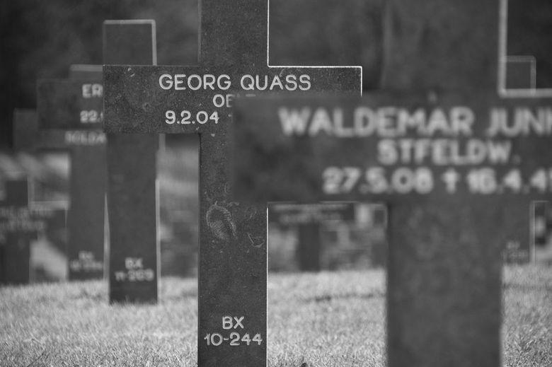 German War Cemetery - Deze begraafplaats bij Ysselsteyn (Limburg) is de enige Duitse militaire begraafplaats in Nederland. Hier liggen bijna 32.000 so