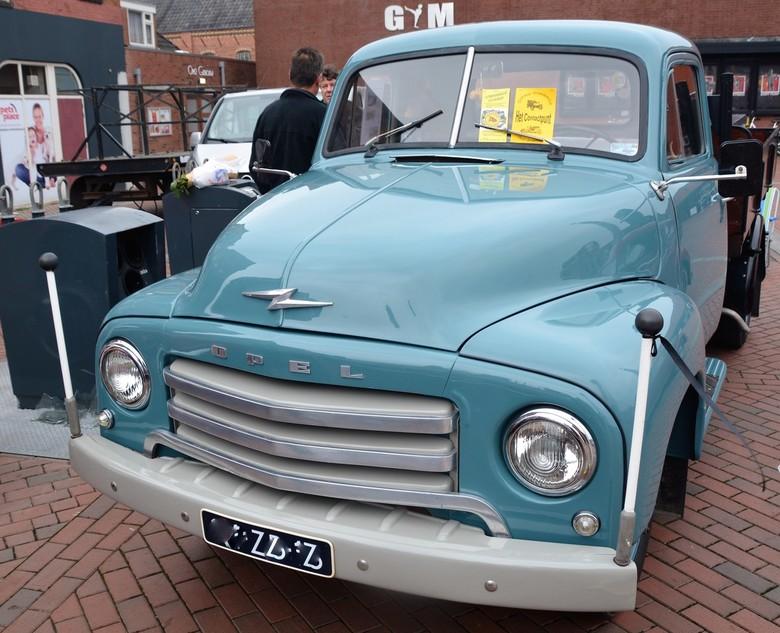 Opel.