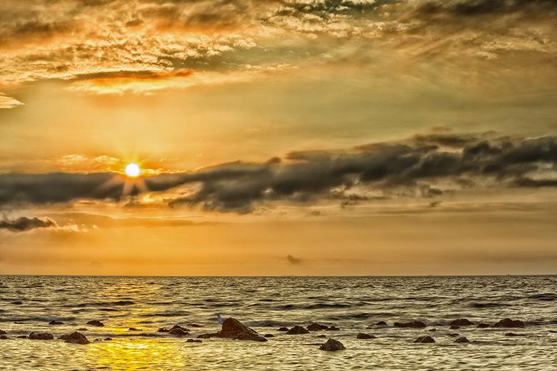 Ameland - Een foto vanaf het strand van Ameland. Nabij strandtent the Sunset.