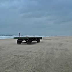 Wagen op strand