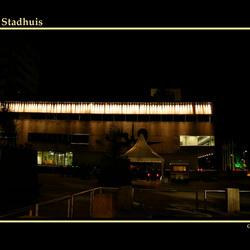 23 - Glow - Stadhuis