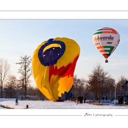 Hotairballooning in winter....
