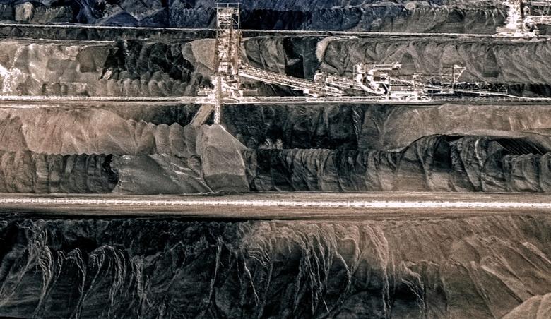 die Strukturen der Schichten auf Braunkohlebergbau -  groot zien aub<br /> <br /> een verbazingwekkende dag met TommyDijkwel