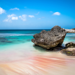 Lonely Rock op Bonaire
