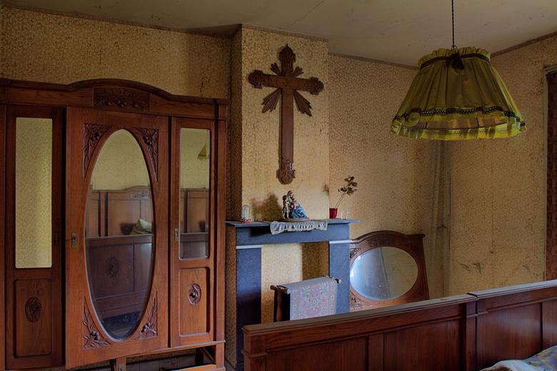 Villa St. Marie 12 - Op 4-10-2009 hebben Peter en ik een bezoek gebracht aan deze verlaten villa.<br /> <br /> Hier nog wat info:<br /> Het verhaal