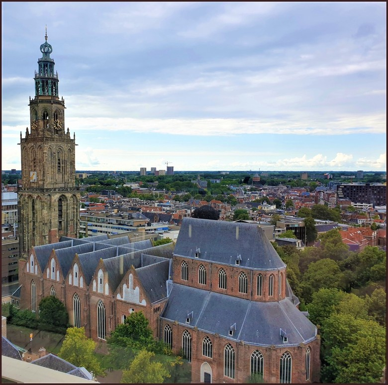 Martinikerk - Vanuit het Forum heb je pracht uitzicht over de stad Groningen. gr bets