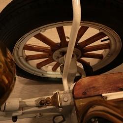 Het wiel van een Spijker