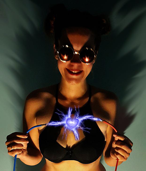 """Power over Me - liefde geeft je vonken <img  src=""""/images/smileys/wilt.png""""/>"""