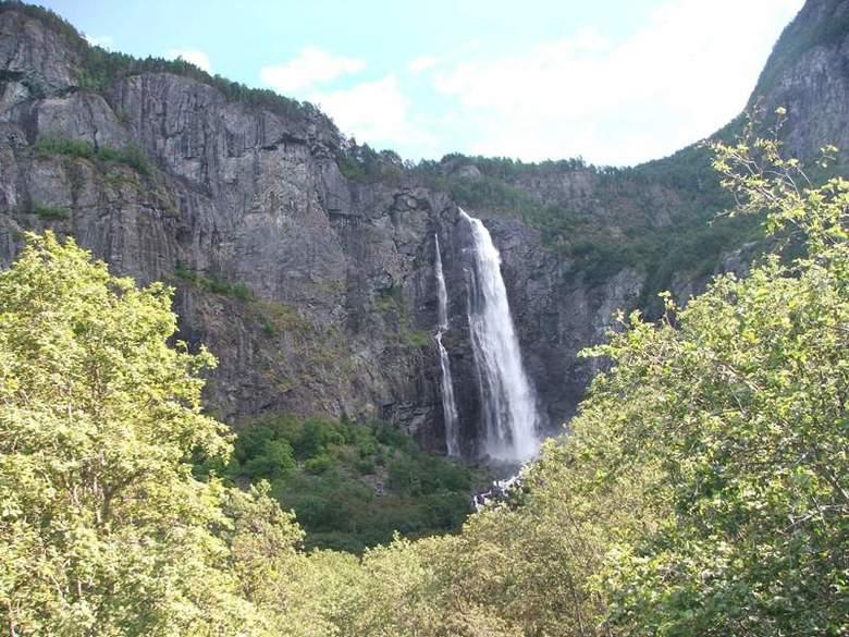 Waterval - een na hoogste waterval innoorwegen