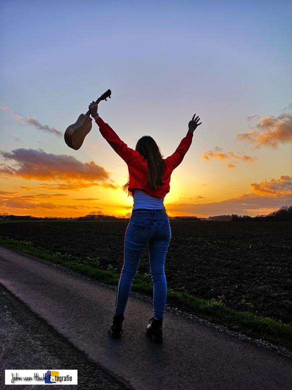 feeling free -