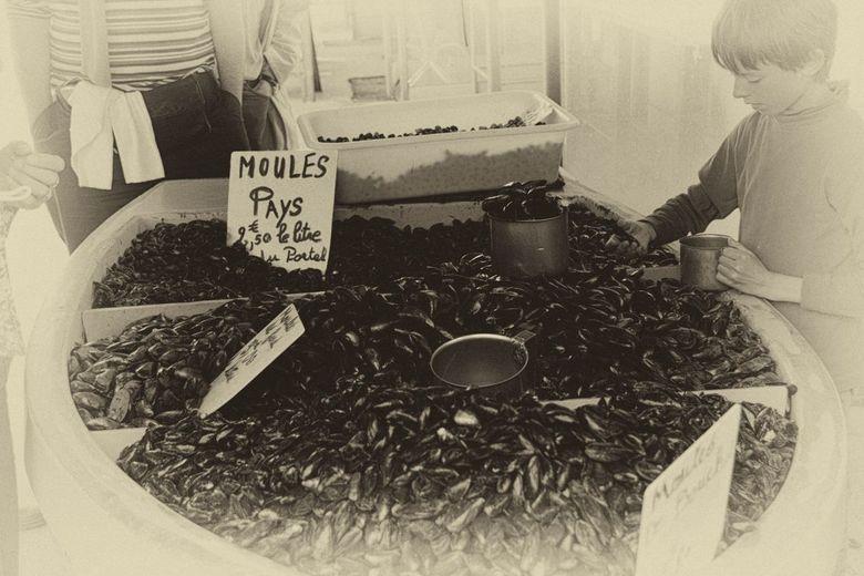 Moules for sale - Mosselen op de markt in Calais