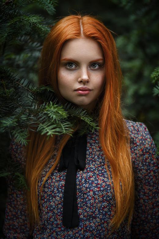 Wiktoria - Een outdoor portret van Wiktoria