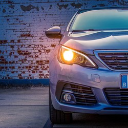 New 308SW by Peugeot front
