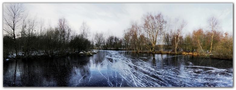"""Wonderschoon met ijs - Weer een panorama en bewerking HDR.<br /> De Deelen een natuurgebied in friesland.<br /> <br /> <a href=""""http://www.leukekie"""