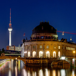Berlijn - Monbijoustr - Museuminsel - Bodenmuseum