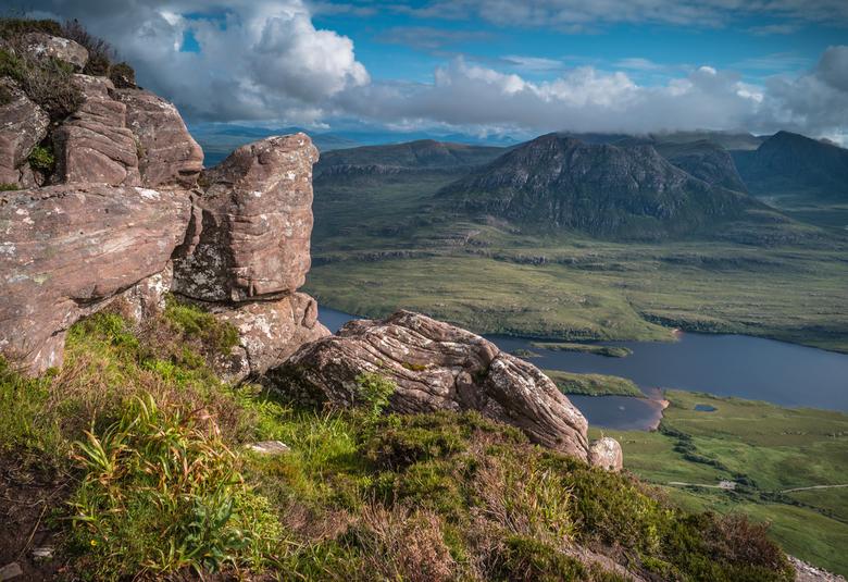 View over Loch Lurgainn - Uitzicht vanaf de Stac Pollaidh.