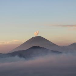 Zonsopgang bij de Bromo vulkaan