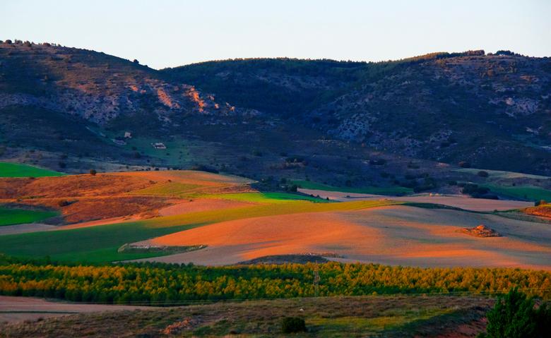 "avondlicht Cuenca 1 - Dag 33:<br /> <br /> mooie afsluiting van de dag<br /> <a href=""https://opdetandemdoorportugal2019.wordpress.com/2019/05/11/v"
