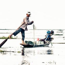 visser op Inle Lake