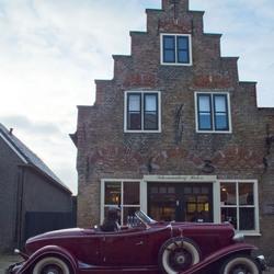 Auburn bij hollandse gevel