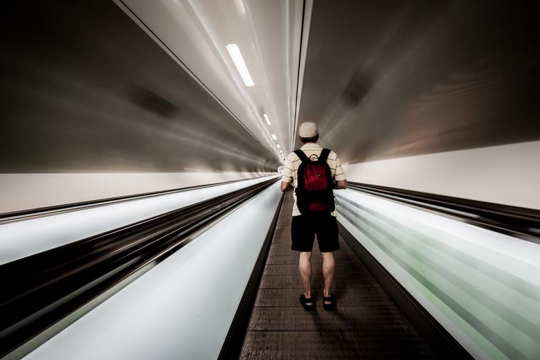 Move in - Wilhelminaplein metrostation, Rotterdam