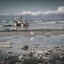 Tractor aan zee