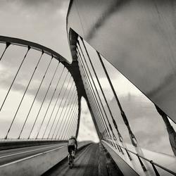 bridgebikerclean2BW