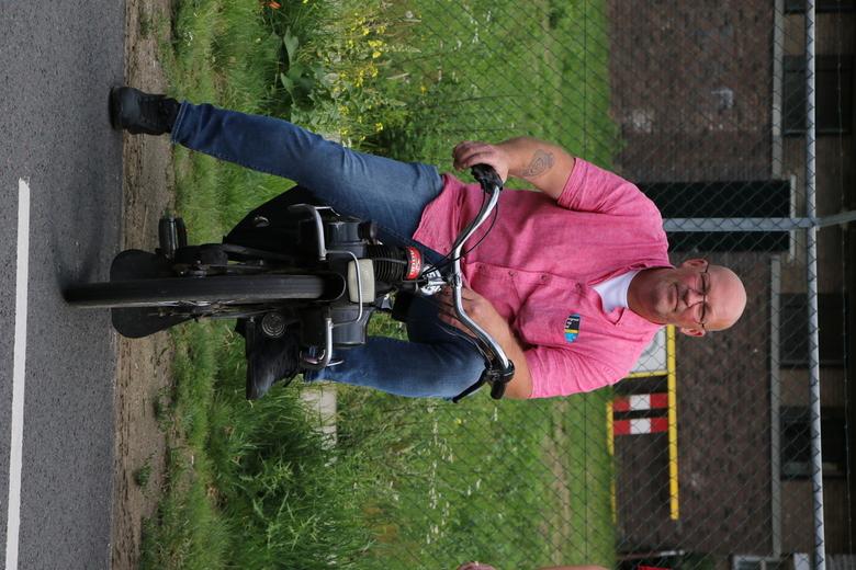 Johan op de Solex -