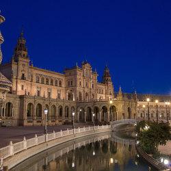 Plaza de España in de avond