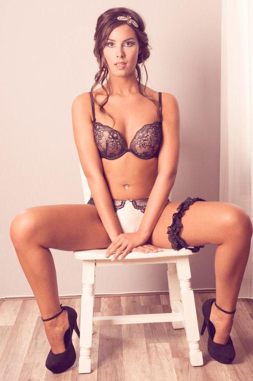 Model : Charelle - model : charelle<br /> Visagie &amp; Haar : isla<br /> Fotografie : Me