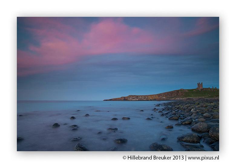 Dunstanburgh Castle - De kustlijn van Northumberland (UK) is prachtig. Van mooie zandstrandjes tot rotsachtige kliflijnen met hier en daar een prachti