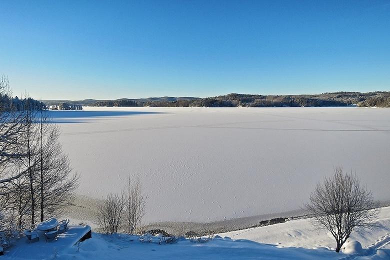 Winter in Noorwegen... - zon, sneeuw en vorst...genieten!! Overdag tussen de -10 en -15 en &#039;s nachts ca -22 graden!<br /> Nu al een veel strenge