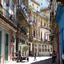 Straatbeeld oud Havanna
