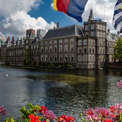 Den Haag-hofvijver-Binnenhof