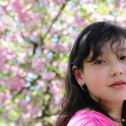 Zoe met bloesem