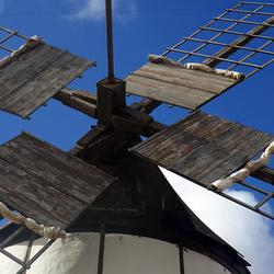molen met mediterraan hekwerk 1802072607mw