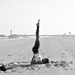 Yoga... beach story.