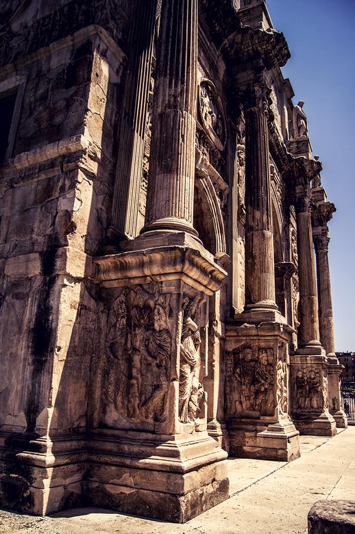 Boog van Constantijn - De boog van Constantijn in Rome