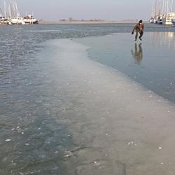 schaatst hij op water?
