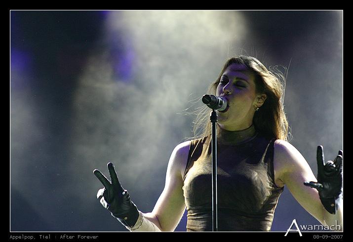 [Appelpop] After Forever - After Forever (Floor Jansen)<br /> Appelpop 2007, Tiel<br /> (8-9-2007)