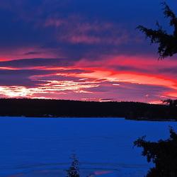 Sundown at the lake, 7:00 pm.