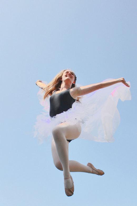 Ballerina - Jump!
