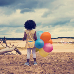 Girl with the balloons