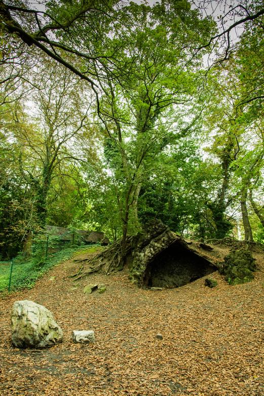 The caveman of Fort de la Chartreuse! - In the Woods of Fort de la Chartreuse.