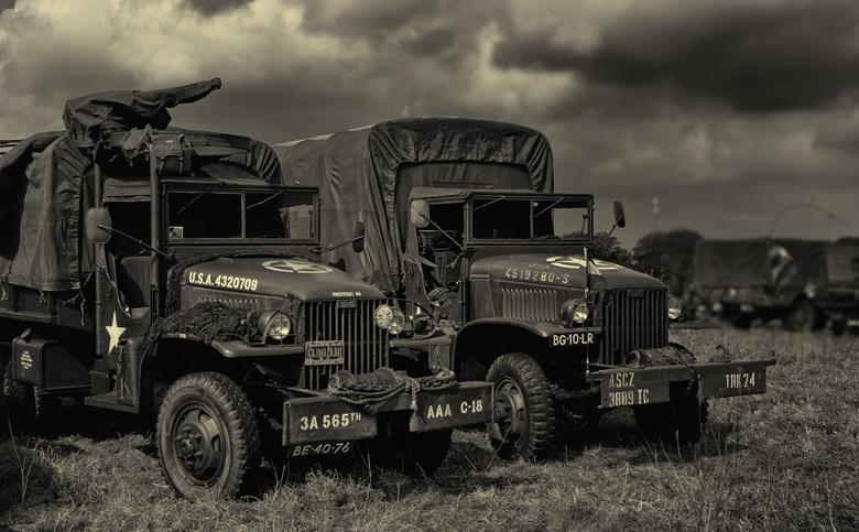 Herdenking slag om Arnhem. 2 - vele klassieke legervoertuigen zijn dezer dagen te zien bij de verschillende herdenkingsevenementen.<br /> <br /> <br