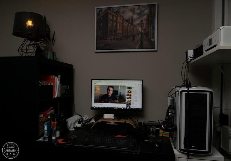 The digital craft corner - De ontwikkeling van de foto's gebeurd hier, met veel plezier in corona tijd.