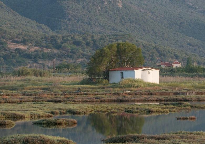 Eén van de vele kapelletjes op Lesbos
