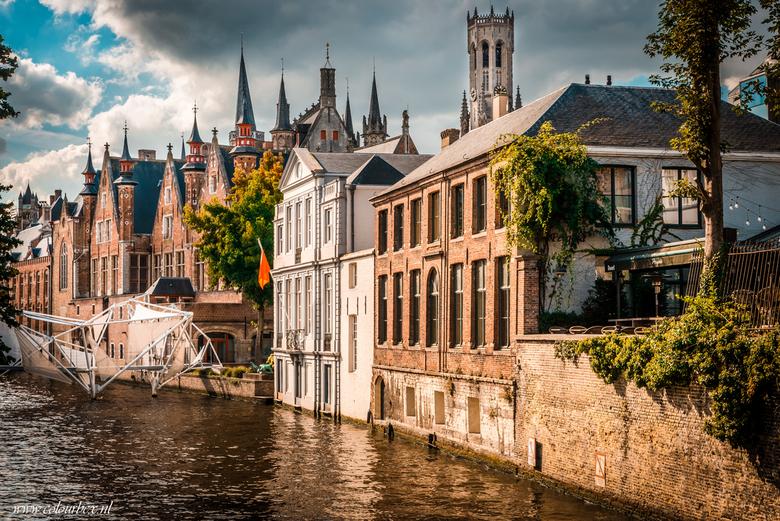 De torentjes van Brugge - Een van mijn favoriete plekken in België ; Brugge. <br /> <br /> Op deze foto zie je veel van de prachtige torentjes die b