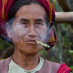 rokende vrouw.jpg